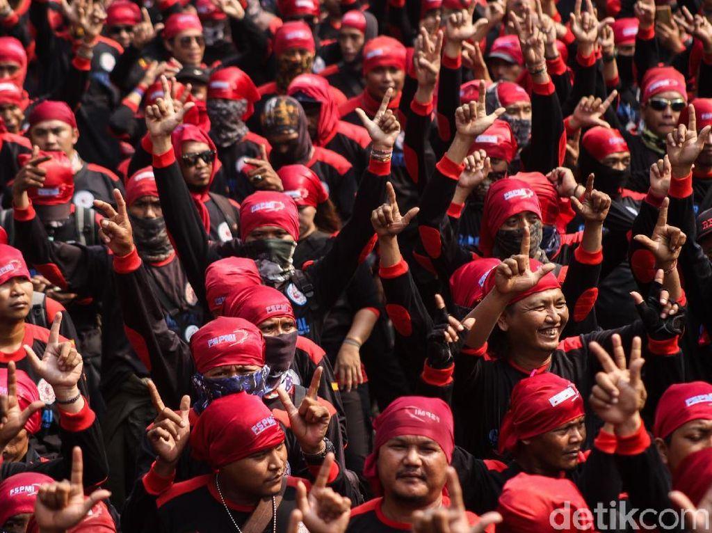 Aksi Demo Buruh Tolak Penyelenggaraan IMF