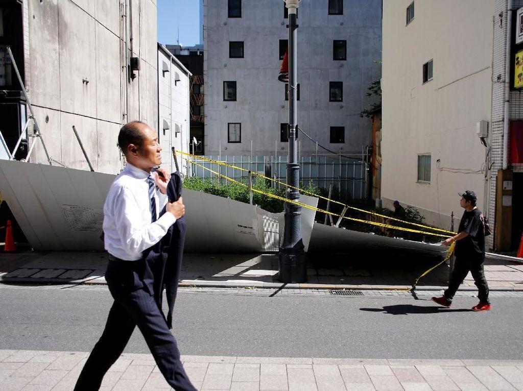 Topan Trami Tewaskan 2 Orang di Jepang, Ribuan Penerbangan Batal