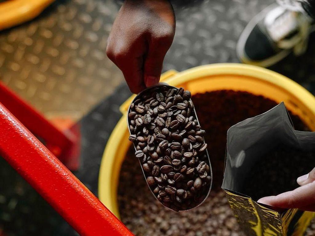 8 Coffee Roastery di Jakarta yang Jamin Kopinya Harum dan Nikmat