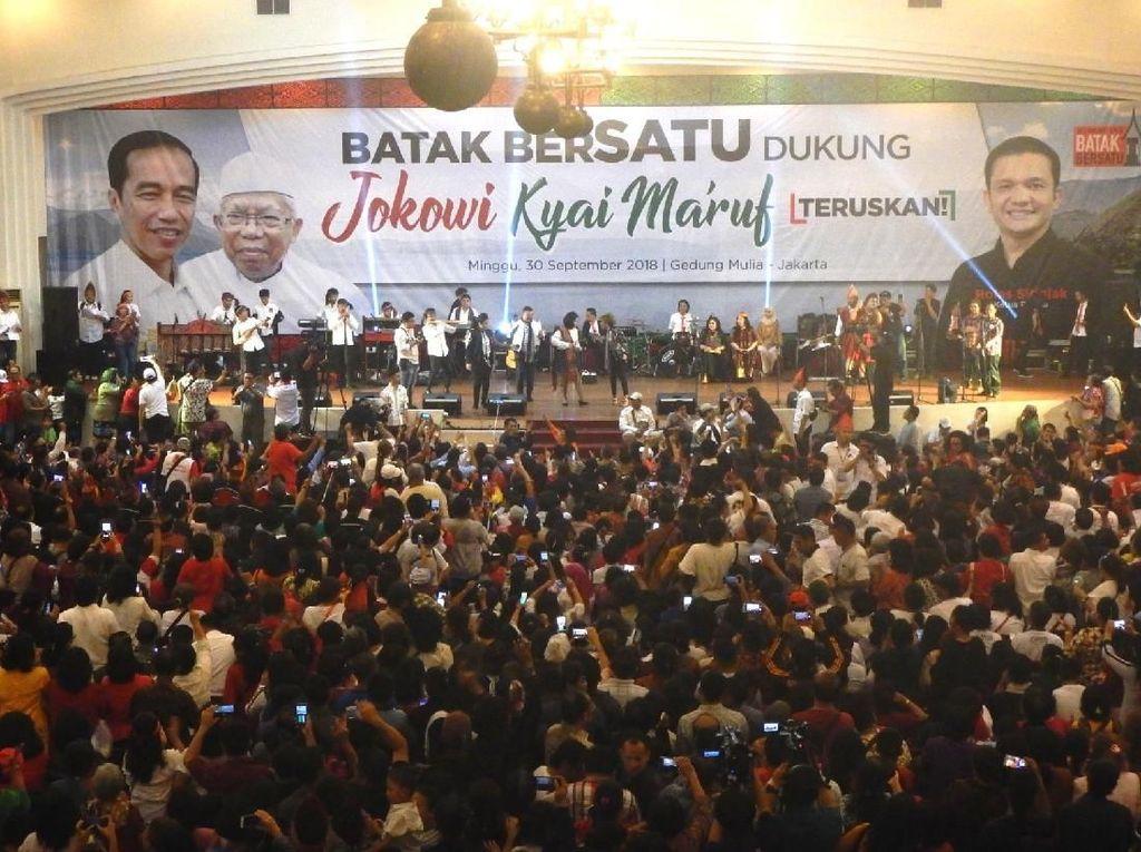 Ribuan Masyarakat Batak Dukung Jokowi Amin