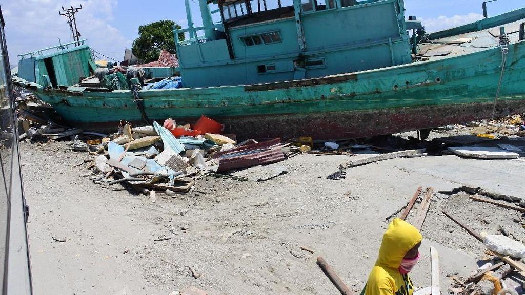 Tsunami Palu, Ini Penampakan Kapal Karam di Jalanan di Tondo