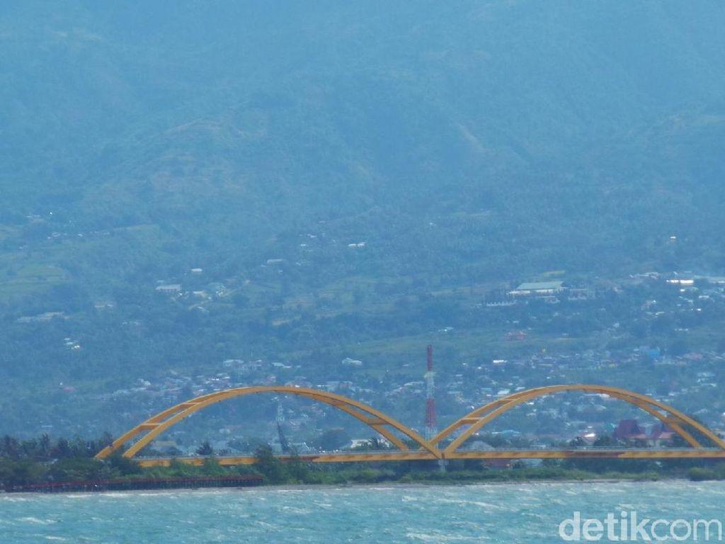 Foto: Jembatan Ikon Palu Sebelum Dihantam Gempa dan Tsunami