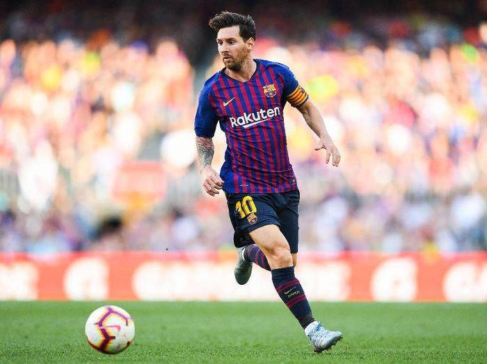 Lionel Messi di salah satu laga Barcelona. (Foto: David Ramos/Getty Images)