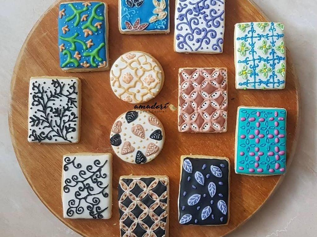 Selamat Hari Batik Nasional! Lihat 10 Cookies Motif Batik yang Artistik, Yuk