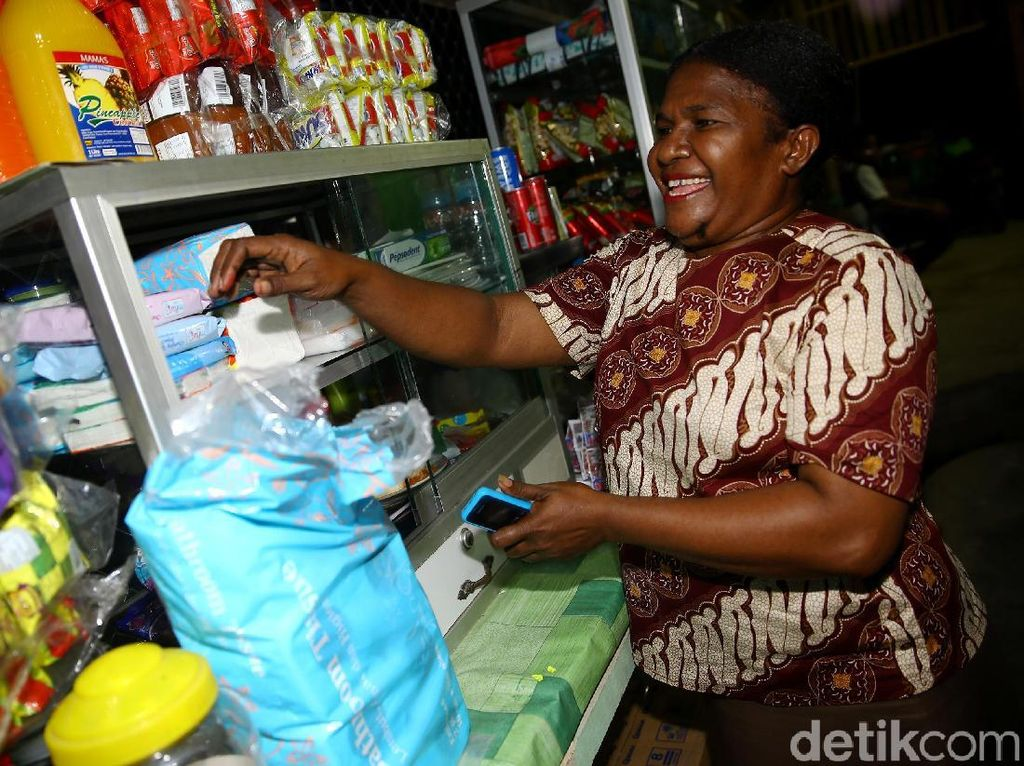 Mama Hana, Pejuang Perempuan yang Gerakan Ekonomi Perbatasan