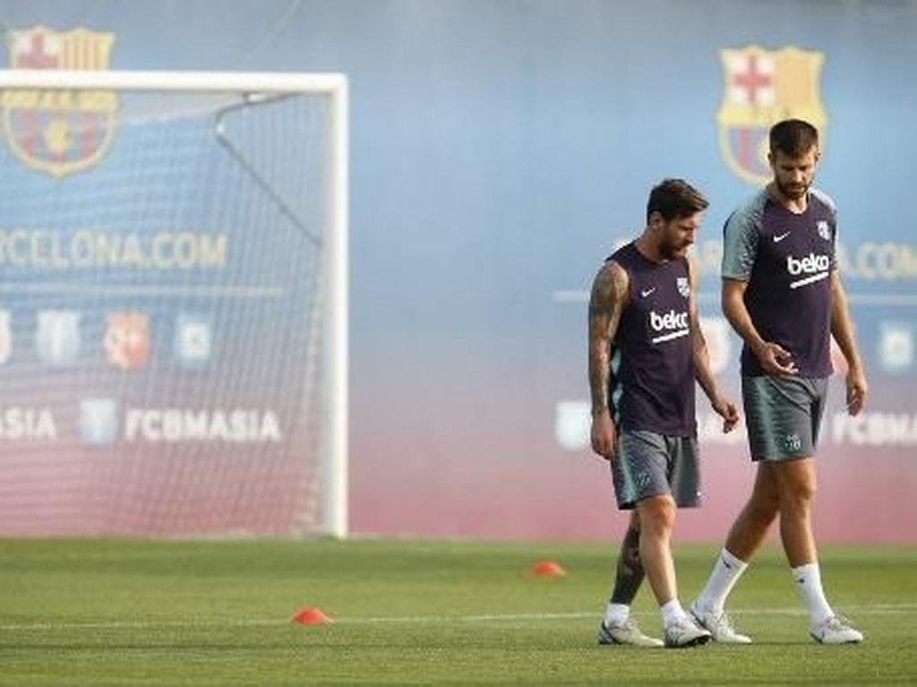 Messi dan Pique Sedang Tak Akur?