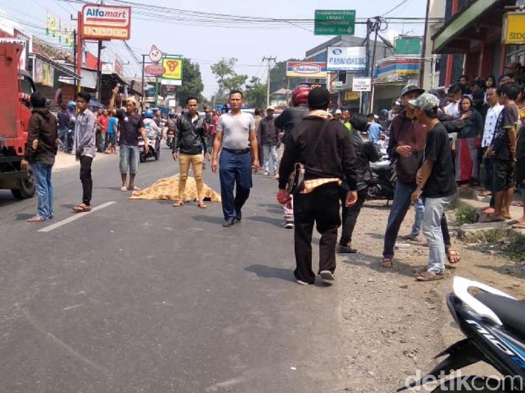 Terlindas Truk Kontainer, Perempuan Hamil Tua di Sukabumi Tewas