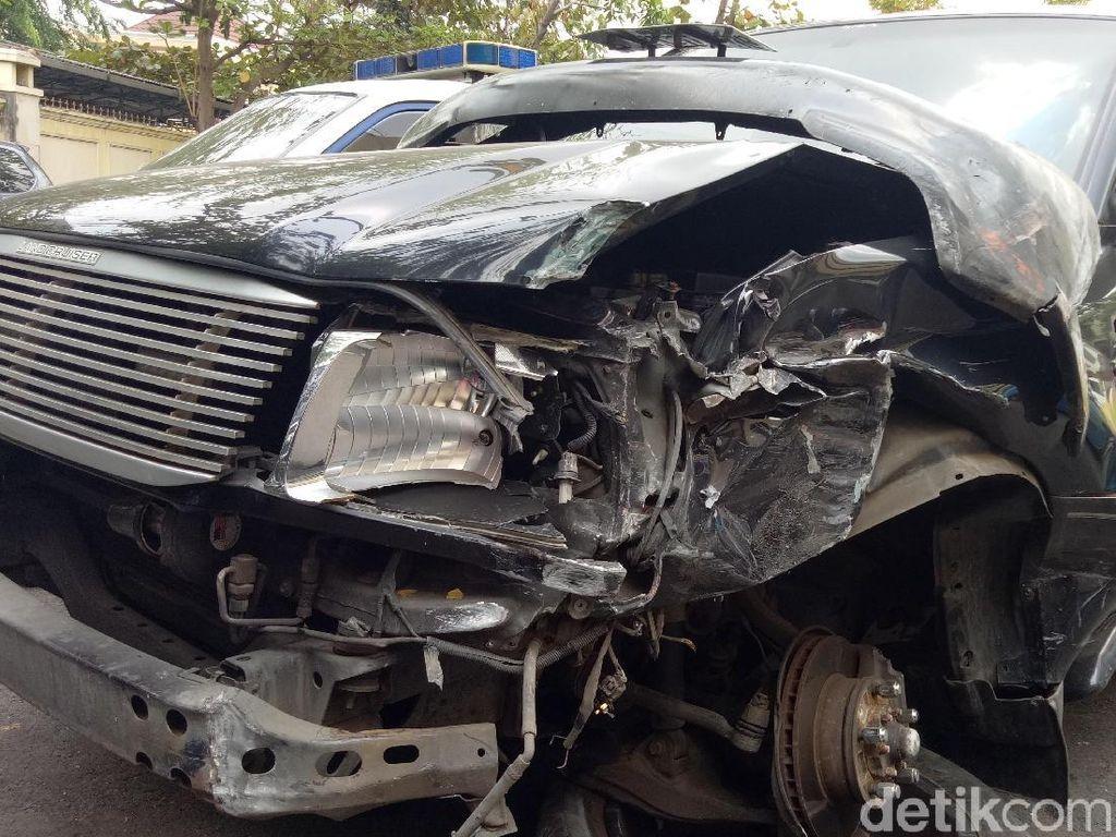 Toyota Land Cruiser Ringsek Bukan Atas Nama Simic