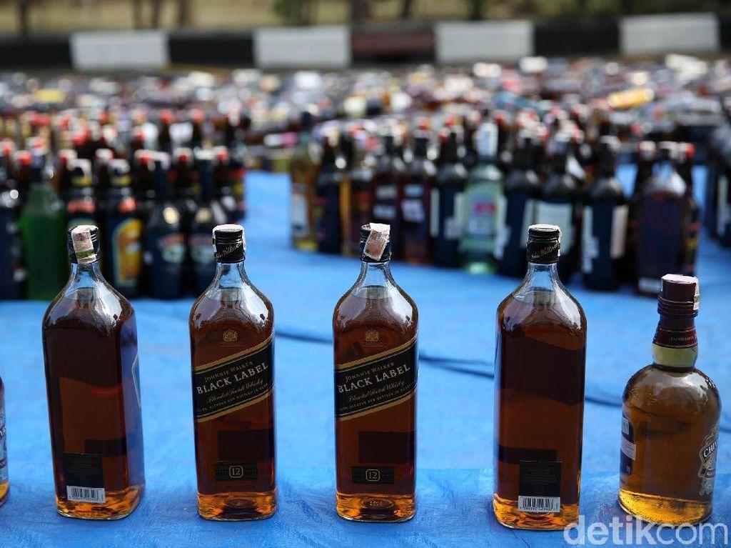 Menakar Dampak Larangan Minuman Beralkohol Jika Nanti Berlaku