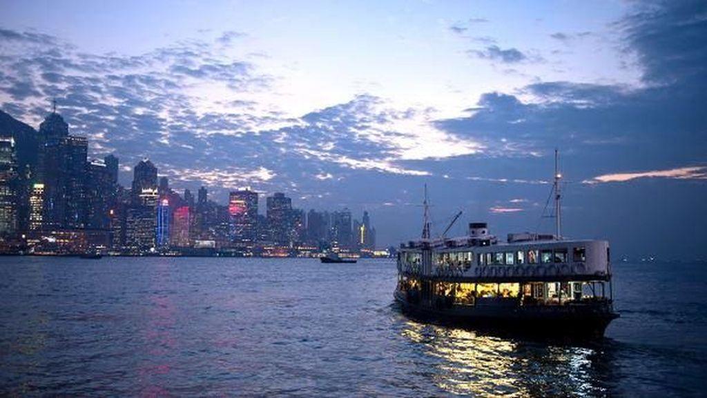 Potret 120 Tahun Perjalanan Kapal Feri Hong Kong