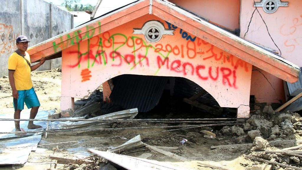 Penampakan Rumah Ditenggelamkan Lumpur di Sigi Pasca Gempa