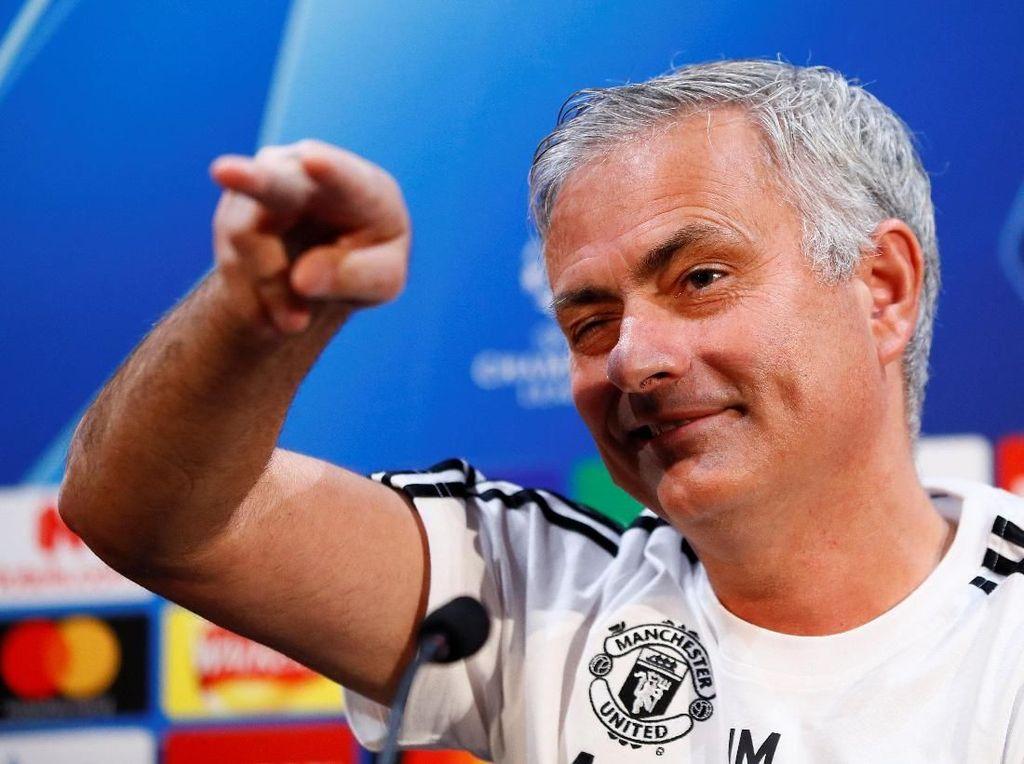 Mourinho Akan Lakukan Segalanya untuk Ubah Keadaan MU