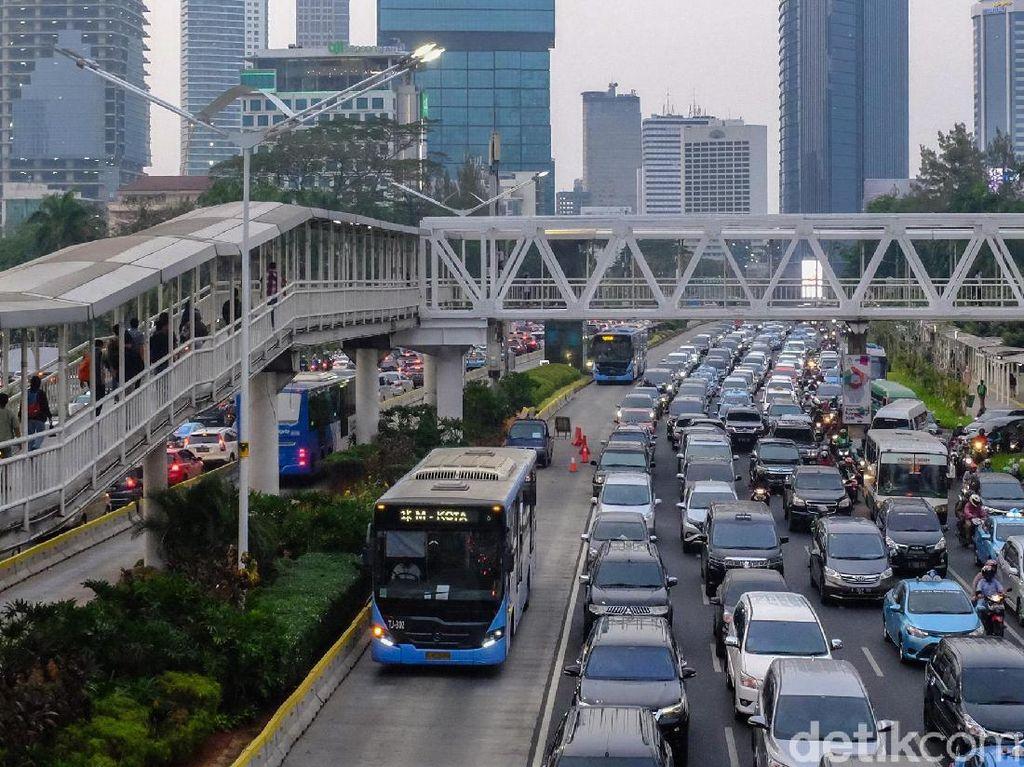 Pilihan Kantong Parkir untuk Tahun Baruan di Sudirman-Thamrin