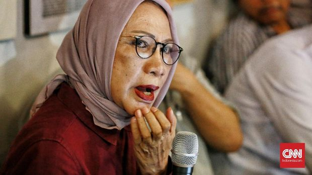 Tersangka kasus hoaks Ratna Sarumpaet, di Jakarta, 3 Oktober.