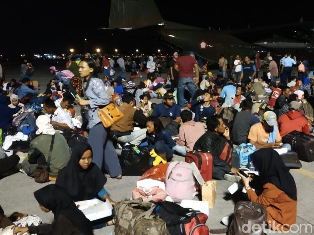 Ratusan Korban Gempa Sulteng asal Jatim Tiba di Bandara Juanda
