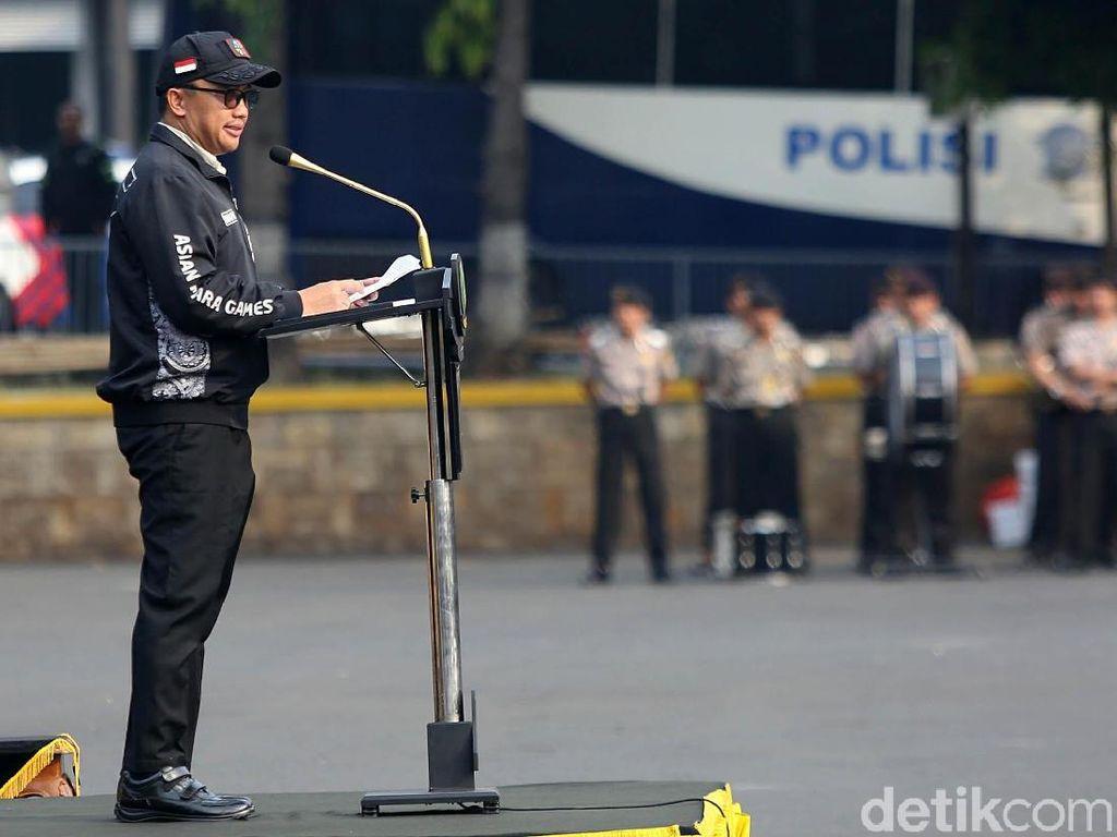 Begini Gaya Menpora Saat Pimpin Apel Pengamanan Asian Para Games