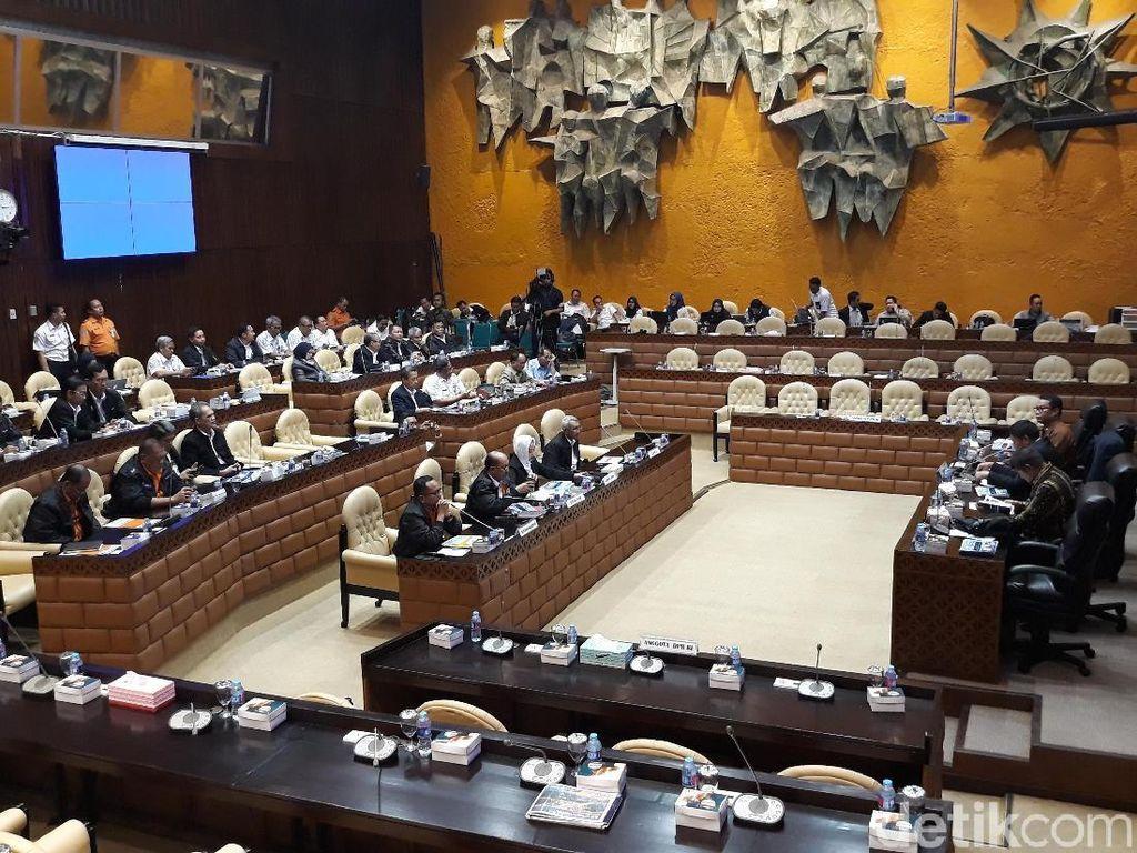 Komisi V DPR Rapat Bersama BMKG-Basarnas, Bahas Gempa Sulteng
