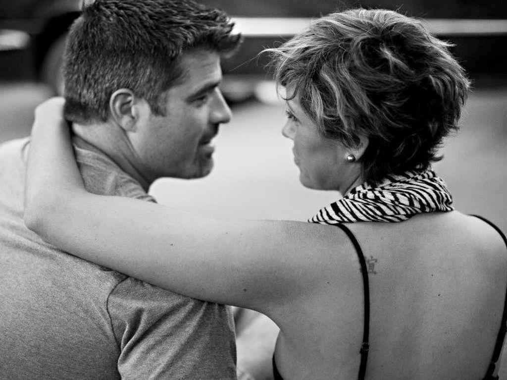 Alasan Mengharukan Seorang Suami yang Jadi Perawat