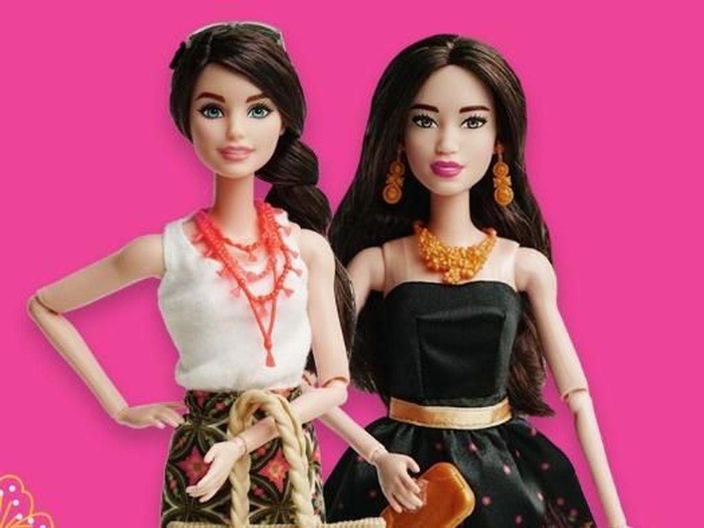 Foto: Saat Barbie Nggak Kalah Modis dengan Batik di Hari Batik Nasional