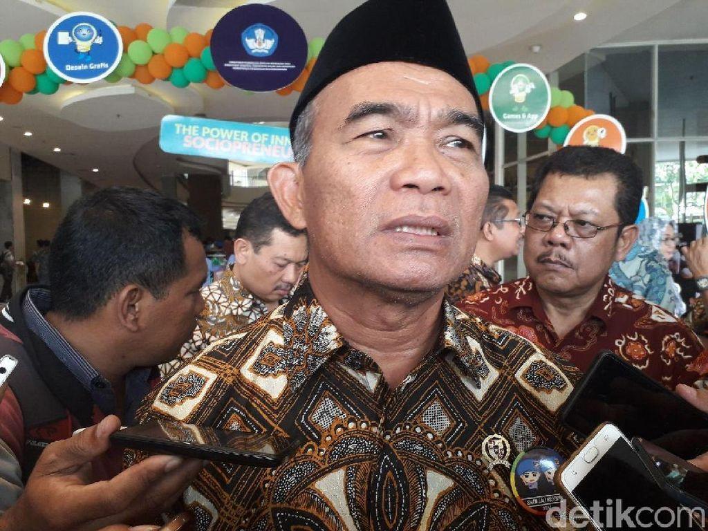 Mendikbud Tawari Guru Honorer Jadi P3K, Gajinya Setara PNS