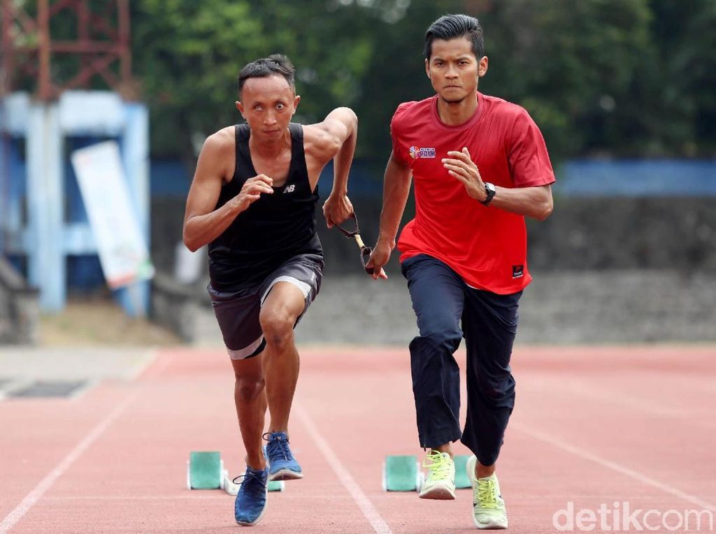Abdul Halim: Berlari Kencang Dalam Gelap
