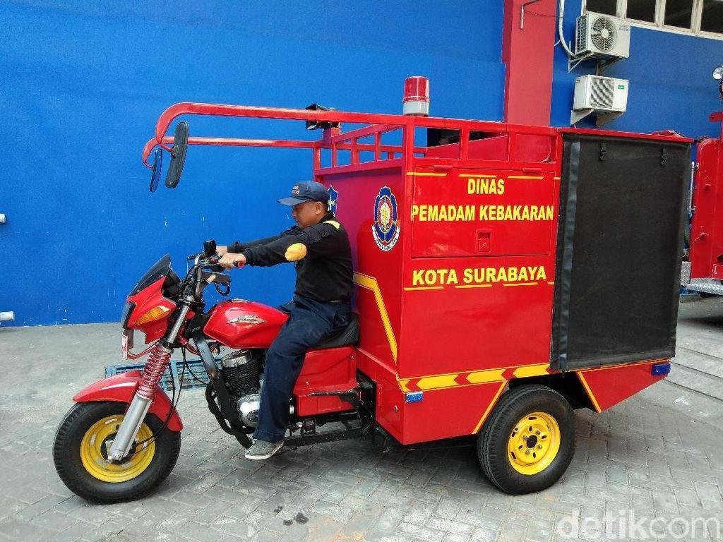 Surabaya Punya Unit PMK di Gang-gang Sempit, Seperti Apa?