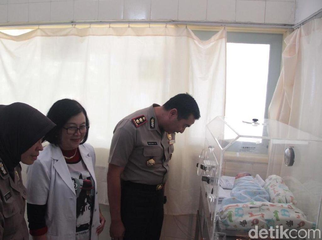 Polisi Akan Periksa Kejiwaan SPG yang Buang Bayinya dari Lantai 3