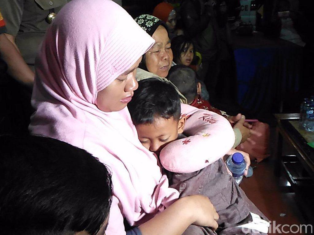 Cerita Wita, Korban Gempa Palu yang Kelaparan 3 Hari di Bandara