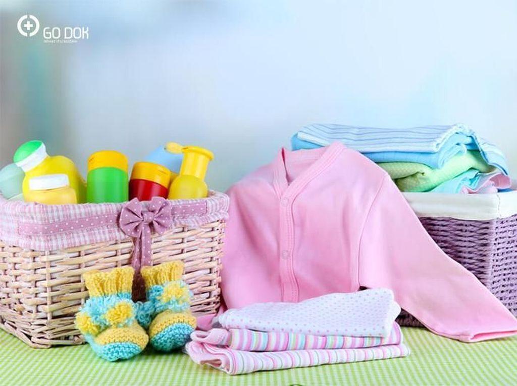 7 Perlengkapan Bayi Baru Lahir yang Perlu Bunda Siapkan