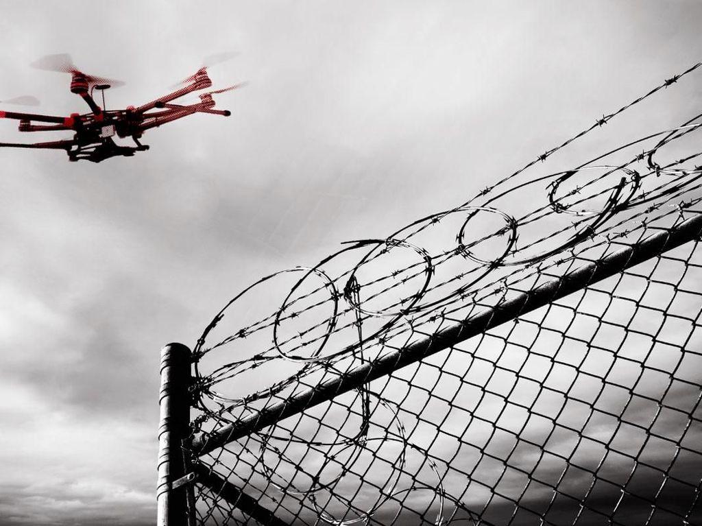 Drone Seliweran Bikin Bandara di Inggris Tutup