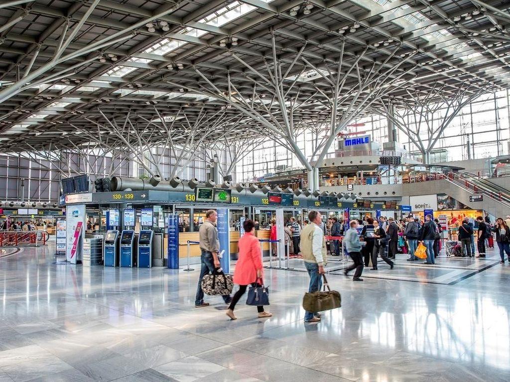 Lalai, Pasangan Traveler Tinggalkan Anak Umur 5 Tahun di Bandara