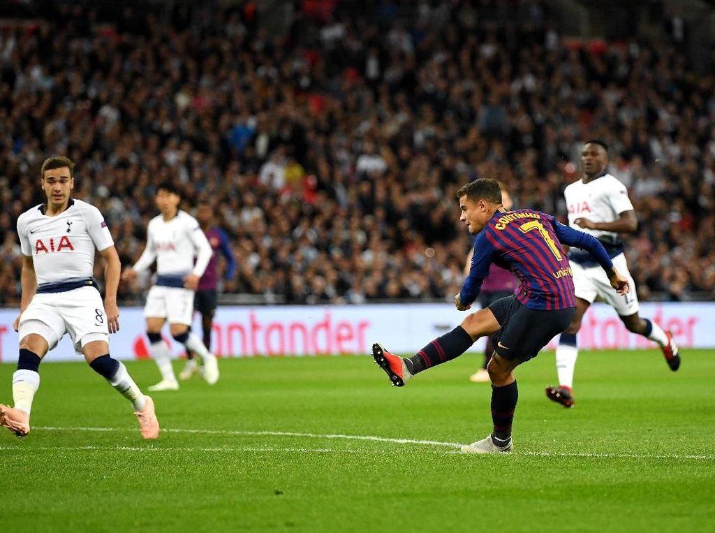 Coutinho dan Rakitic Bawa Barcelona Ungguli Tottenham