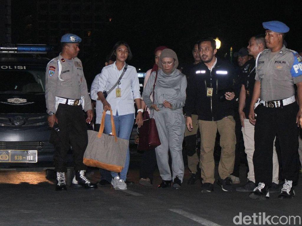 Ratna Sarumpaet: Pasal Bohong Sudah, Rekening Galang Dana Ditelaah
