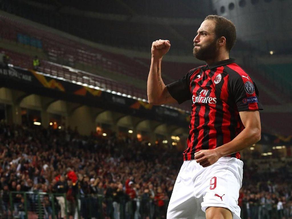 Allegri: Higuain Rekrutan Besar untuk Milan