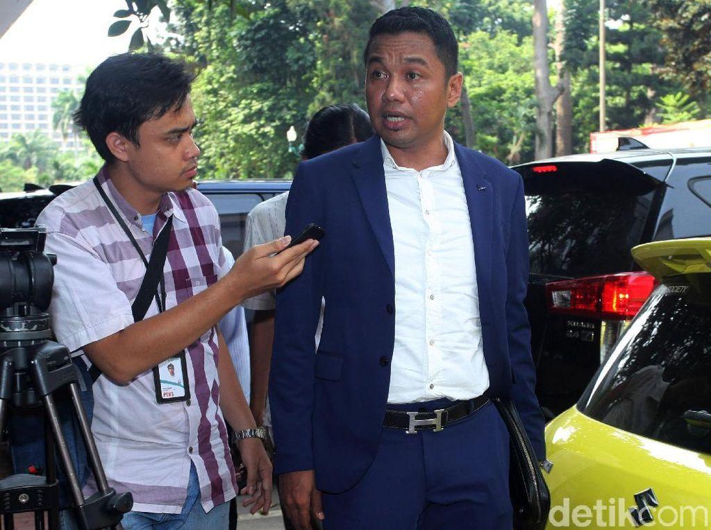 Pengacara Ratna Sarumpaet Datangi Polda Metro Jaya