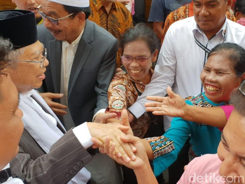 Sapa Warga Balige Sumut, Maruf Amin: Horas... Horas