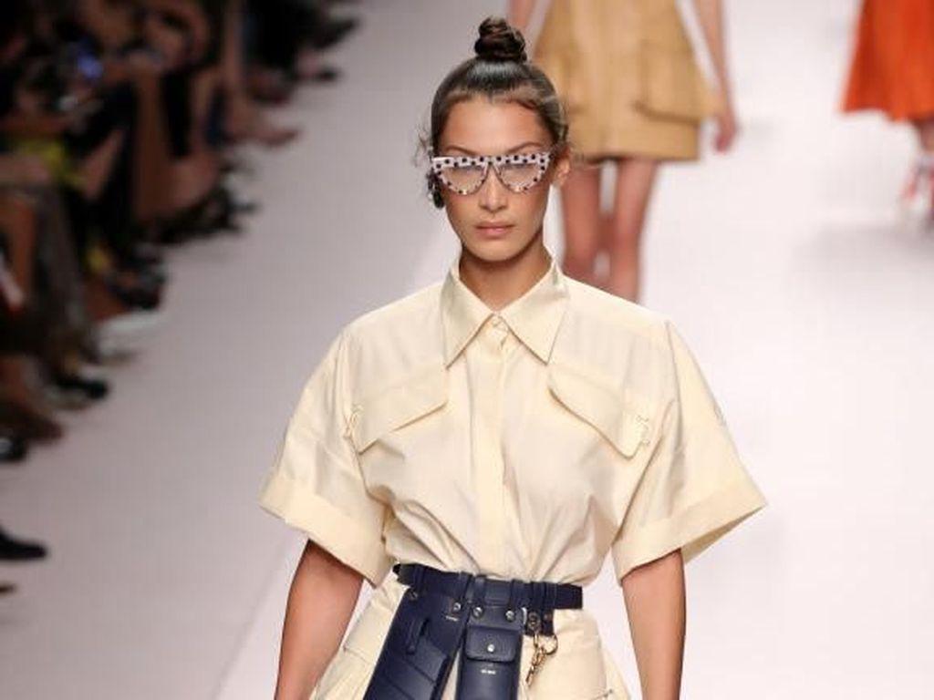 7 Fashion Item yang Bikin Gaya Kamu Kekinian di 2019