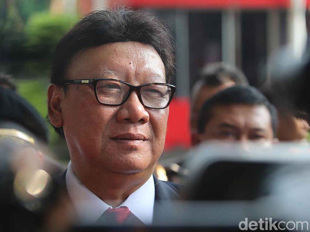 Cerita Tjahjo Curiga Sering Ditelepon Bupati Cirebon Sebelum OTT KPK