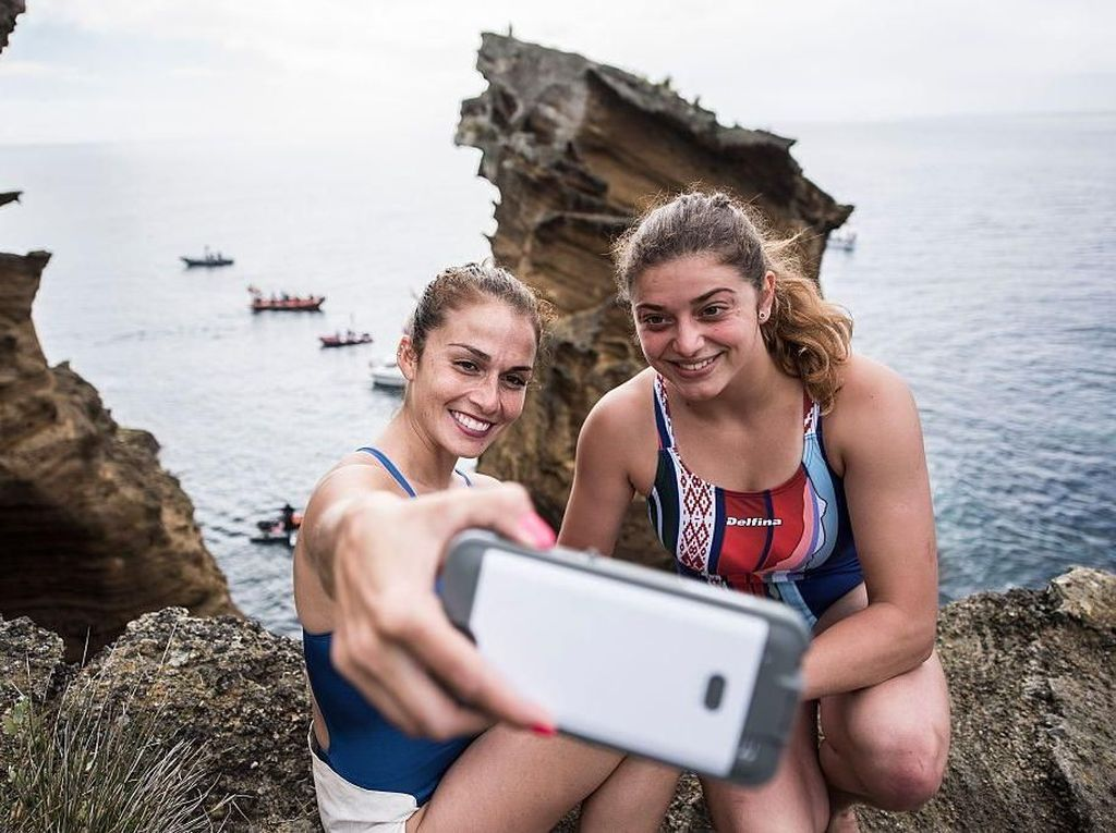 5 Masalah Kejiwaan yang Kerap Dikaitkan dengan Selfie