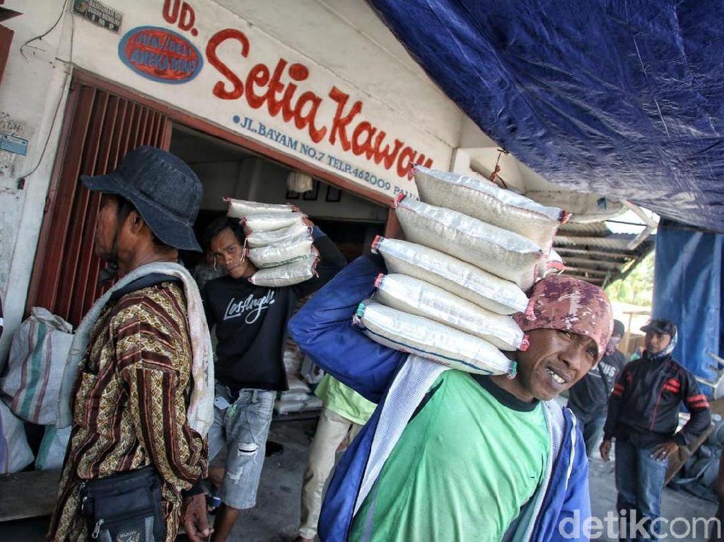 Pasar Manonda Palu Mulai Pulih