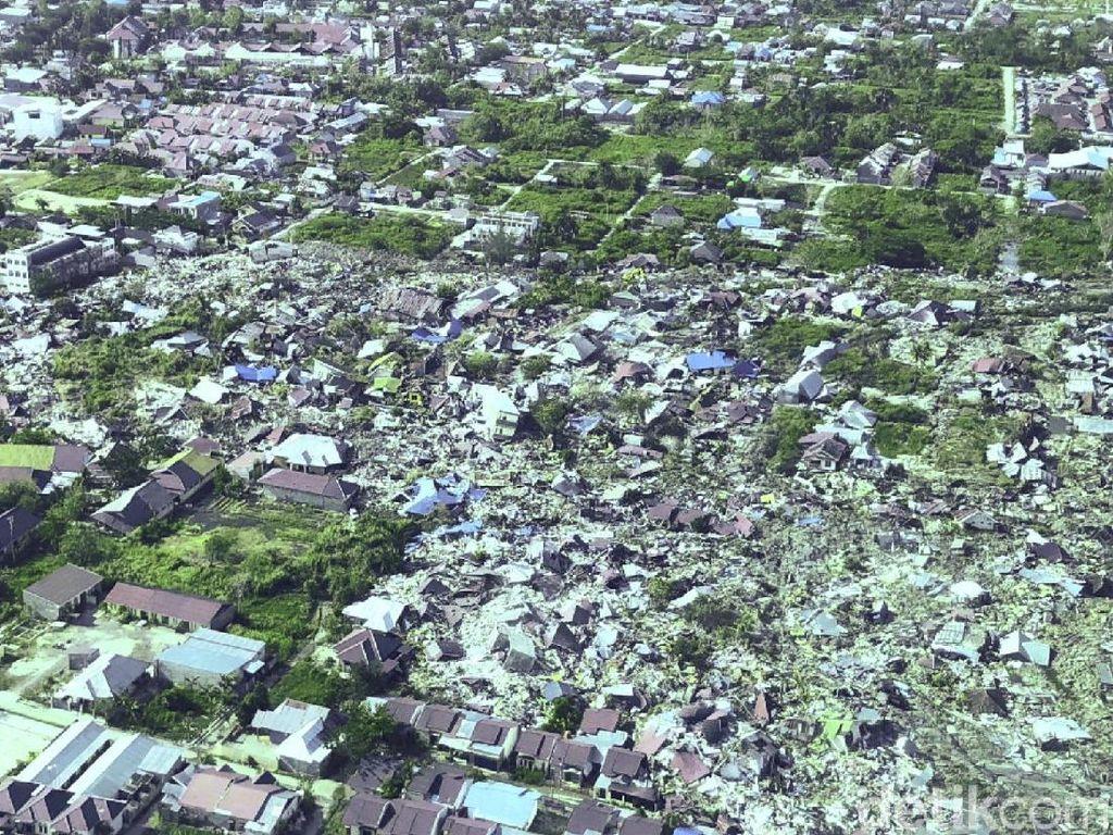Gempa dan Lumpur Petobo Hanya Sisakan Pohon Mangga untuk Sastra
