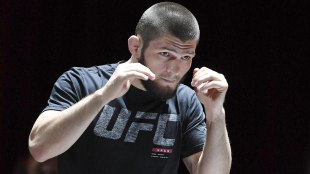 Khabib Nurmagomedov petarung dunia asal Dagestan yang sukses di UFC. (