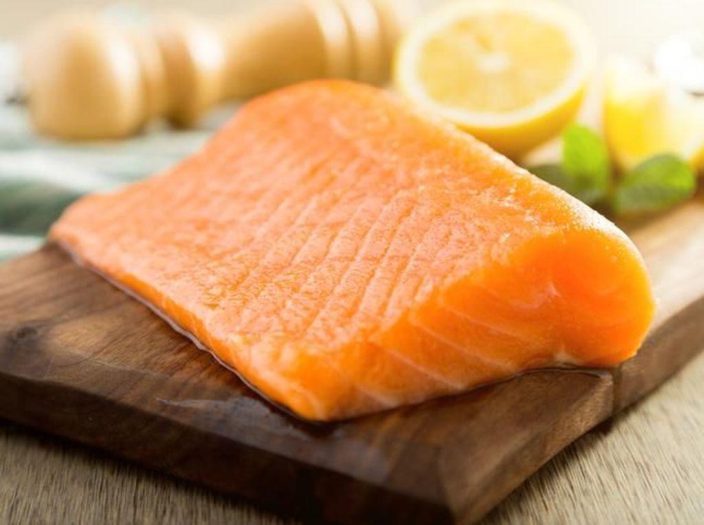 6 Makanan yang Bagus untuk Pemulihan Usai Serangan Stroke