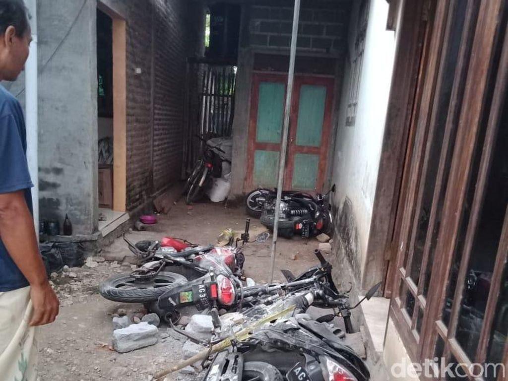 Kampung di Tulungagung Diserbu Pemuda Berkostum Hitam, 3 Warga Luka