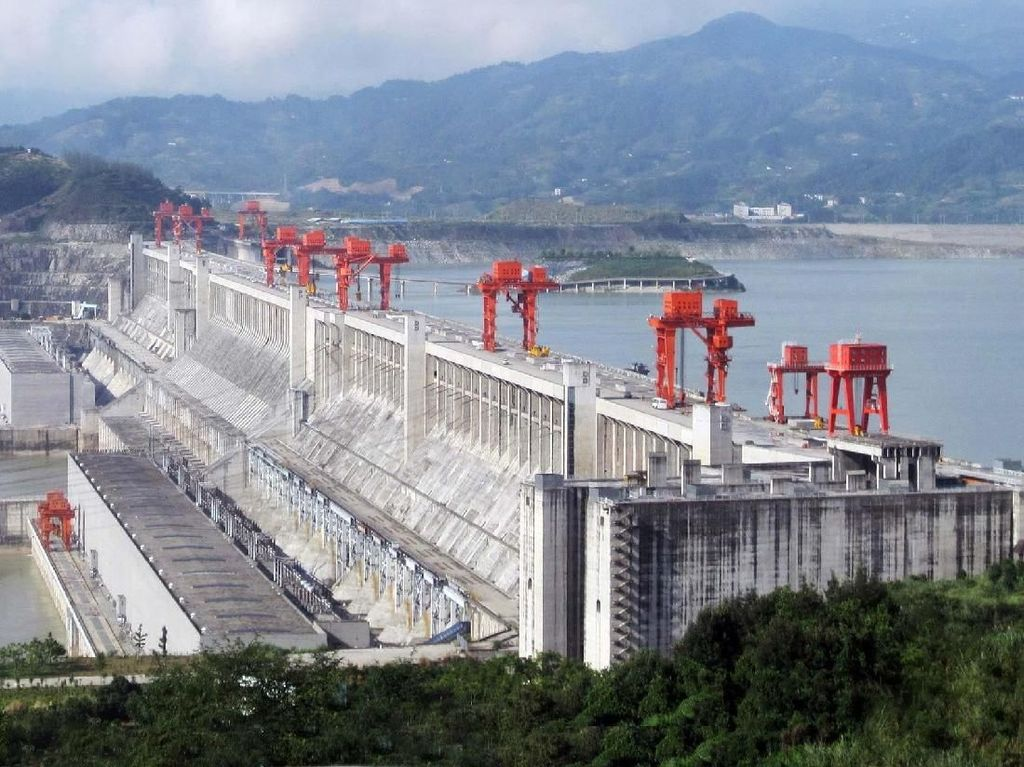 Mengintip Keindahan 10 Pembangkit Listrik Tenaga Air Terbesar di Dunia