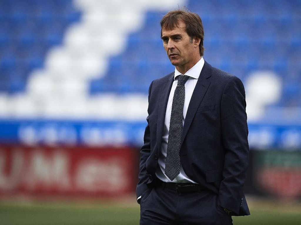 Madrid Kian Terpuruk, Lopetegui Dipecat Sebelum El Clasico?