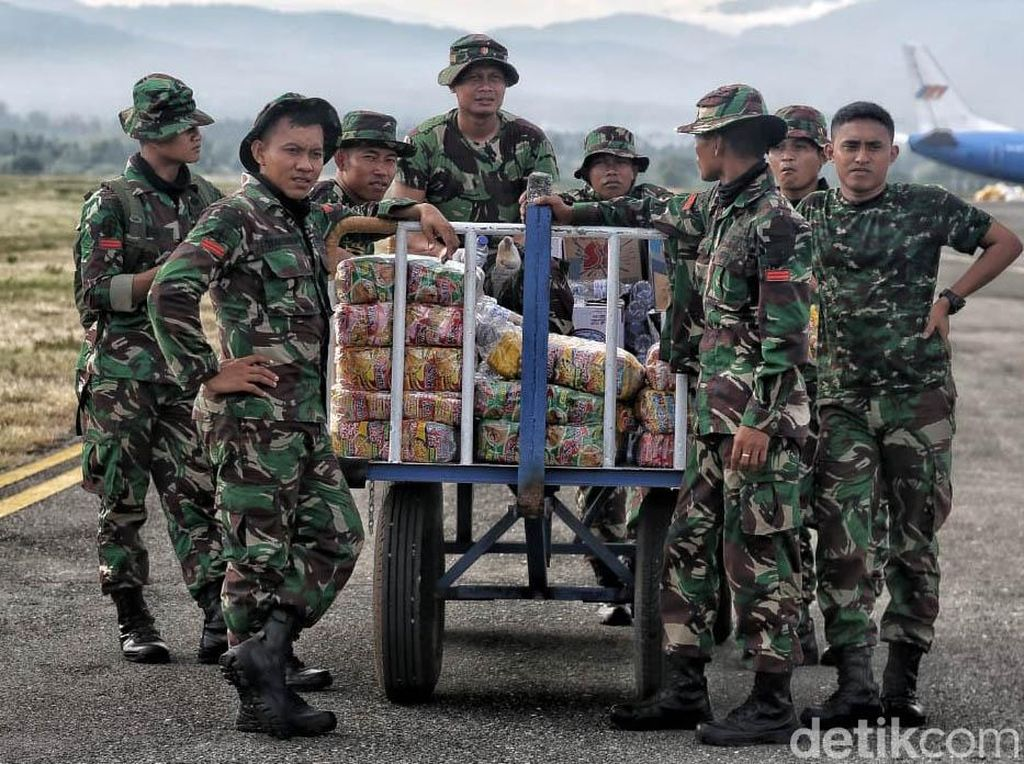 12 Ribu Pengungsi Palu Sudah Dievakuasi ke Lanud Hasanuddin