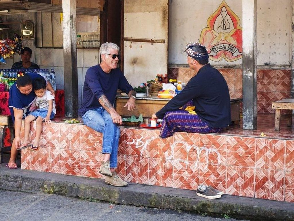 Episode Terakhir Anthony Bourdain Parts Unknown Akan Tayangkan Kuliner Indonesia