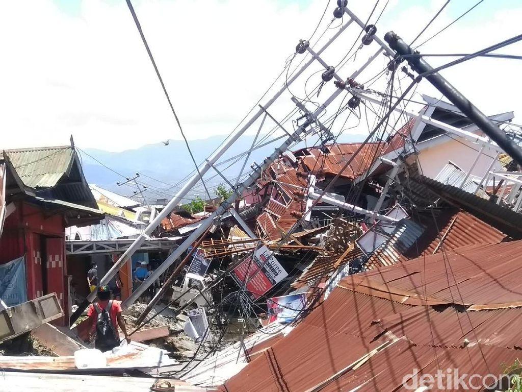Dekat Titik Gempa Sulteng, Desa Tj. Padang Porak Poranda