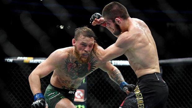 Saat ini McGregor tengah dalam masa hukuman lantaran keributan usai pertarungan dengan Khabib Nurmagomedov tahun lalu.